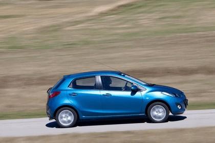 2010 Mazda 2 10