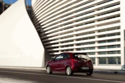 2010 Mazda 2 42