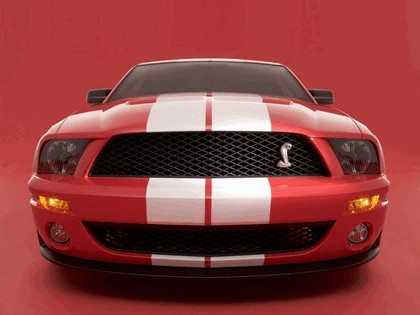 2005 Ford Mustang Shelby GT500 Cobra 1