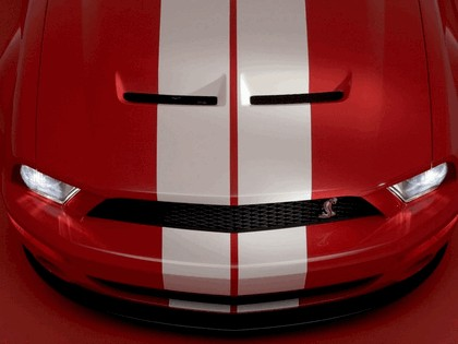 2005 Ford Mustang Shelby GT500 Cobra 26