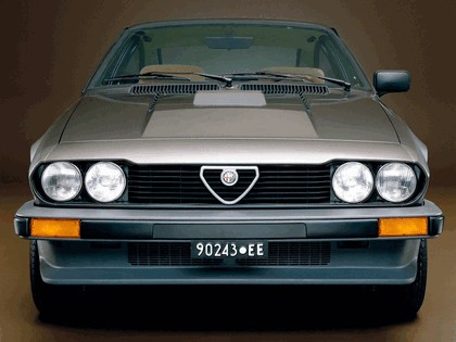 1980 Alfa Romeo Alfetta GTV6 2