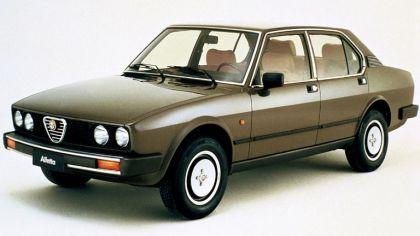 1982 Alfa Romeo Alfetta 2.0i Quadrifoglio Oro 7