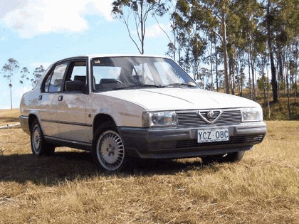1984 Alfa Romeo 90 2.5 V6 1