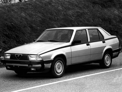 1986 Alfa Romeo Milano ( 161 ) 1