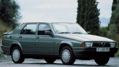 1988 Alfa Romeo 75 ( 162 ) 1