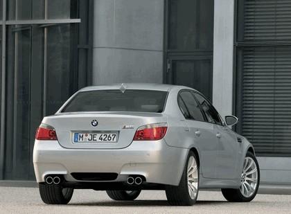 2005 BMW M5 4