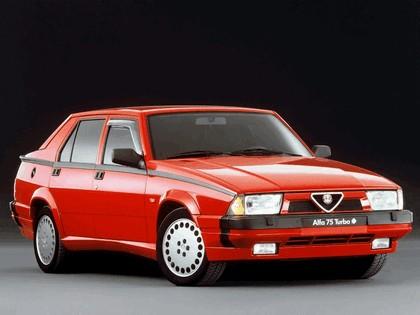1988 Alfa Romeo 75 ( 162 ) 1.8i Turbo Quadrifoglio Verde 1