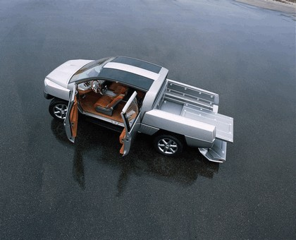 2001 Nissan Alpha T concept 5
