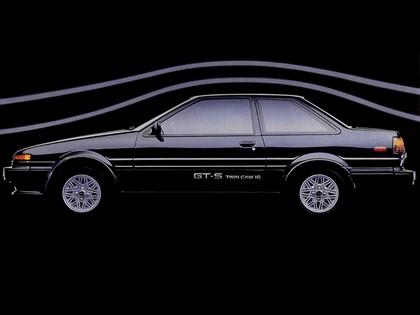 1985 Toyota Corolla GT-S sport coupé ( AE86 ) 3