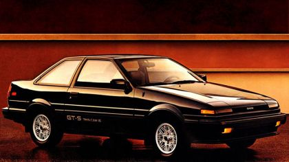 1985 Toyota Corolla GT-S sport coupé ( AE86 ) 5