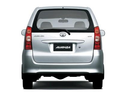 2003 Toyota Avanza 3