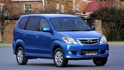 2003 Toyota Avanza 6