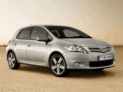 2010 Toyota Auris - UK version 1
