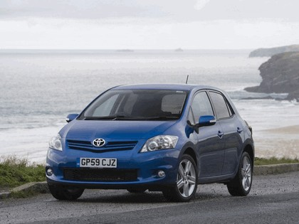 2010 Toyota Auris - UK version 9