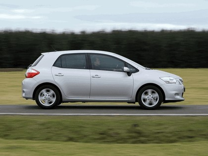 2010 Toyota Auris - UK version 30