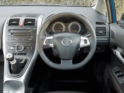 2010 Toyota Auris - UK version 40