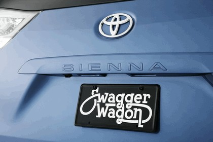 2010 Toyota Sienna Swagger Wagon Supreme ( SEMA ) 2
