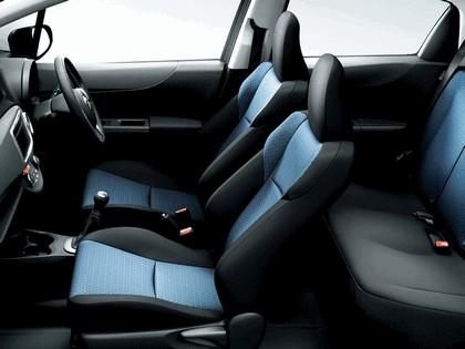 2010 Toyota Vitz RS 4