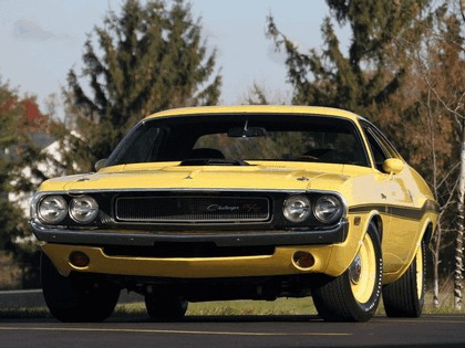 1970 Dodge Challenger RT 11