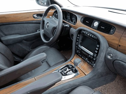 2005 Jaguar Concept-Eight 19