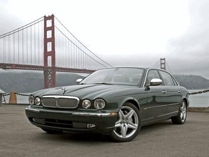 2005 Jaguar XJ Super V8 1