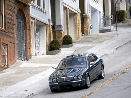 2005 Jaguar XJ Super V8 4