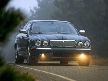 2005 Jaguar XJ Super V8 7