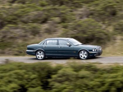 2005 Jaguar XJ Super V8 8