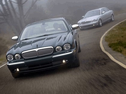 2005 Jaguar XJ Super V8 18