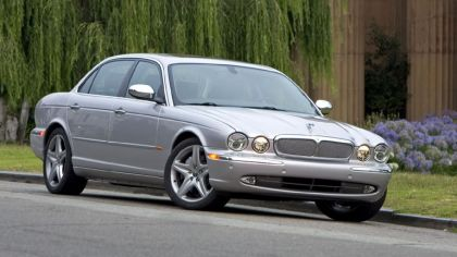 2005 Jaguar XJ Super V8 9