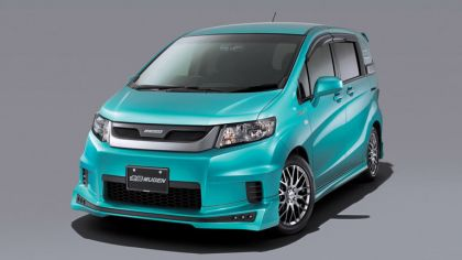 2010 Honda Freed Spike by Mugen 1