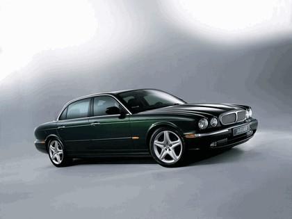 2005 Jaguar XJ8 L 1