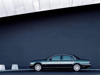 2005 Jaguar XJ8 L 5