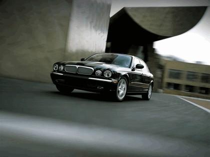 2005 Jaguar XJ8 L 10