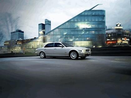 2005 Jaguar XJ8 L 15