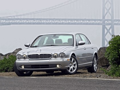 2005 Jaguar XJ8 L 26