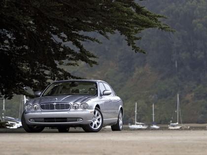 2005 Jaguar XJ8 L 30