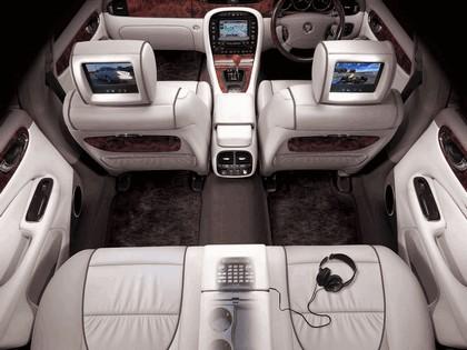 2005 Jaguar XJ8 L 47