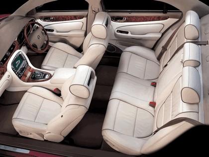 2005 Jaguar XJ8 L 48