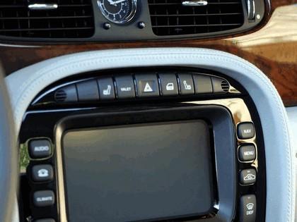2005 Jaguar XJ8 L 50