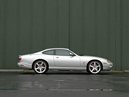 2005 Jaguar XKR coupé 3