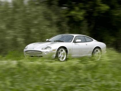 2005 Jaguar XKR coupé 4
