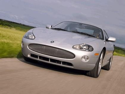 2005 Jaguar XKR coupé 8