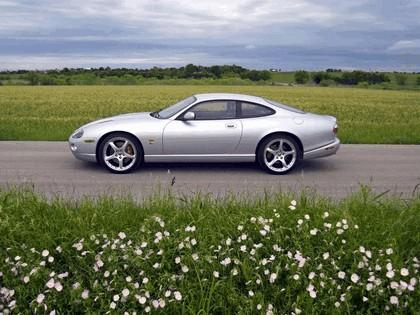 2005 Jaguar XKR coupé 9