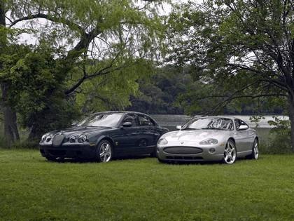 2005 Jaguar XKR coupé 12