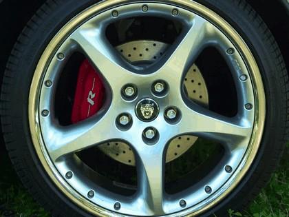 2005 Jaguar XKR coupé 16