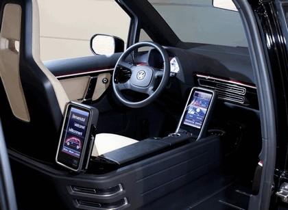 2010 Volkswagen London Taxi concept 4