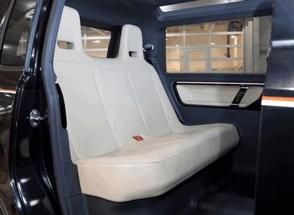 2010 Volkswagen London Taxi concept 8