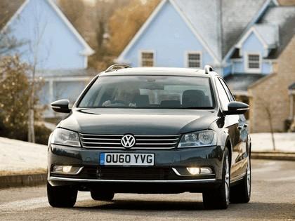 2010 Volkswagen Passat Variant ( B7 ) - UK version 2