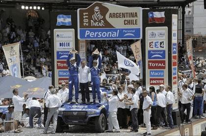 2010 Volkswagen Race Touareg 3 23